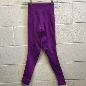 Lululemon neon purple legging, sz 2, 62785